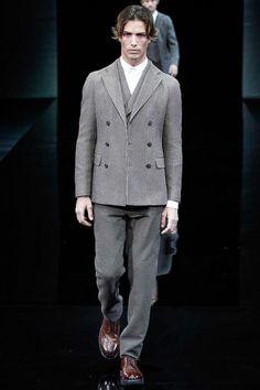 Giorgio Armani | Fall 2014 Menswear Collection | Style.com