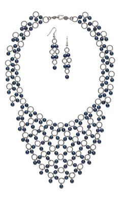 Jewelry Design - Bib-Style Necklace and Earring Set with Czech Pearl-Coated Druk Glass Beads and Gunmetal-Plated Brass Jumprings - Fire Mountain Gems and Beads Bead Jewellery, Crystal Jewelry, Wire Jewelry, Jewelry Gifts, Gold Jewelry, Beaded Jewelry, Handmade Jewelry, Jewelry Necklaces, Beaded Necklace
