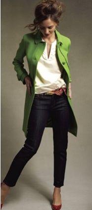 Green coat, red flats. 何回見ても、これが欲しい。