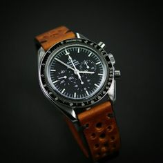 The Cognac Racing Strap is a true masterpiece on the Speedmaster!!!