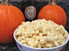 Beer Mac 'n' Cheese | Oktoberfest Recipes To Keep The Party Going |  Kick off the drinking festivities with these Oktoberfest recipes! Even if you are not going to the actual festival, you can still celebrate Oktoberfest by making these delicious dishes at home. | https://homemaderecipes.com/oktoberfest-recipes/
