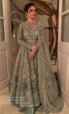 Indian Bridal Outfits, Pakistani Wedding Outfits, Indian Bridal Wear, Pakistani Wedding Dresses, Best Wedding Dresses, Asian Bridal, Party Wear Dresses, Party Dress, Pakistani Fashion Party Wear