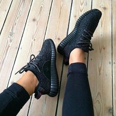 all black yeezy