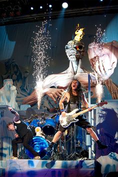 Iron Maiden Post 'Maiden England' US Tour Photos/Video, Make Us Rage With Jealousy (Again)
