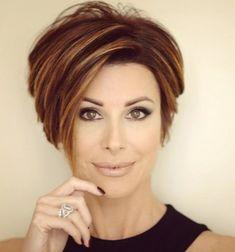 Super Short Hair Cuts for Women - Hair Styles Short Hair Cuts For Women, Short Hair Styles, Short Cuts, Super Short Hair, Super Short Bobs, Super Hair, Corte Y Color, Short Bob Haircuts, Haircuts For Women