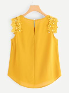 Crochet Pearl Beaded Sleeve Blouse -SheIn(Sheinside) - - Crochet Pearl Beaded Sleeve Blouse -SheIn(Sheinside) Source by Baby Skirt, Baby Dress, Blouse Styles, Blouse Designs, Girl Fashion, Fashion Dresses, Sleeves Designs For Dresses, Frock Design, African Dress