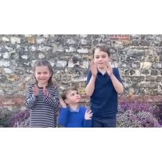 Prince George, Princess Charlotte and Prince Louis Applaud Healthcare Workers in Surprise Video — People Prince William Family, Kate Middleton Prince William, Princess Katherine, Princess Kate, Duchess Kate, Duchess Of Cambridge, Royal Family Pictures, Royal Life, Royal Babies