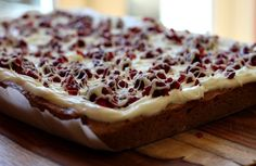 A white- chocolate cranberry blondies recipe that is very reminiscent of Starbuck's Cranberry Bliss Bars. Cranberry Bliss Bars Starbucks, Cranberry Bars, Taste Of Home, Marshmallows, Holiday Desserts, Just Desserts, Christmas Baking, Christmas Cookies, Biscuits