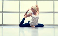 5-Pose Yoga Fix: Stretches For Tight Quads