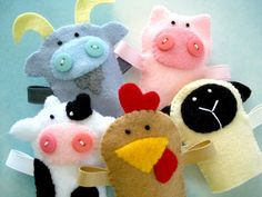Farm Animal Felt Finger Puppets Sewing Pattern - PDF ePATTERN for Goat, Pig, Cow, Hen, Sheep Carrying Case via Etsy You can use the puppets while reading a book with your child. Felt Puppets, Felt Finger Puppets, Hand Puppets, Sewing Toys, Sewing Crafts, Sewing Projects, Felt Projects, Finger Puppet Patterns, Felt Fruit