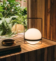 PALMA indoor table lamp by Vibia is available to order at our Belisama Lighting design studio Design Light, Lamp Design, Lighting Design, Suspended Lighting, Outdoor Lighting, Tom Dixon Lampe, Ballon Lampe, Desktop Lamp, Led Band