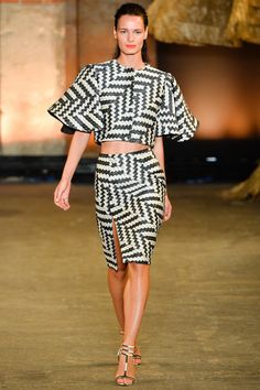 Solange Knowles Dubai DJ Event Christian Siriano Spring 2014 Black and White Zig Zag Printed Dress