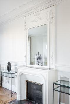 Paris 7ème : Combo cheminée, moulures, miroir !     #rénovation #appartement…