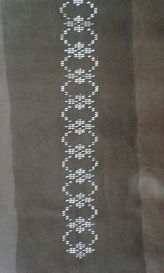 This Pin was discovered by Şer Blackwork Patterns, Bead Embroidery Patterns, Weaving Patterns, Hand Embroidery, Beaded Embroidery, Cross Stitch Patterns, Cross Stitch Rose, Cross Stitch Flowers, Cross Stitch Numbers