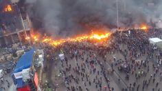 Video captado por un 'drone': Humo y fuego en la plaza de la Independencia de Kiev – #Internacional #Europa #Ucrania #Kiev #manifestaciones #enfrentamientos #EstallidoSocial #UE #VíktorYanukóvich #drone
