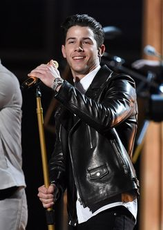 You'll Never Be Able To Unsee Nick Jonas' Extra Tooth