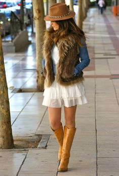 A Perfect Layering Clothing Piece For This season – Fur Vest