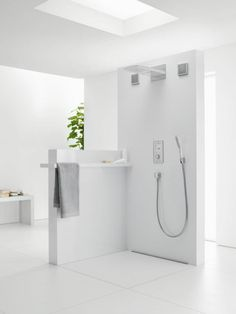 Avantgarde design: #Hansgrohe #Raindance Showerpipe
