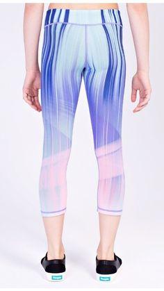 Epic Threads Girls Wave-Print Leggings Size L Electric Blue Lemon