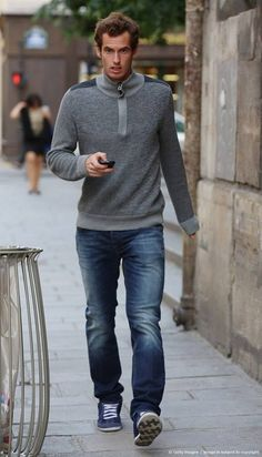 Andy Murray relaxing in Paris before French Open Jamie Murray, Andy Murray, Murray Tennis, Davis Cup, Evolution Of Fashion, Sport Tennis, Best Model, Tennis Players, Wimbledon