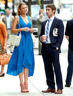 Serena van der Woodsen (Blake Lively) donned a Marc by Marc Jacobs dress and Christian Louboutin sandals while chatting with Nate Archibald (Chace Crawford).