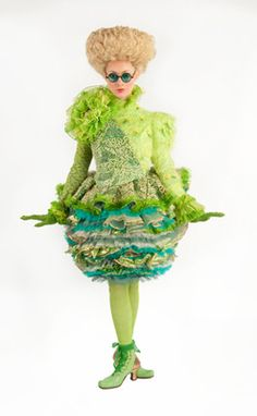 'Wicked' costume by Susan Hilferty cupcake ensemble emerald city Wicked Costumes, Broadway Costumes, Theatre Costumes, Movie Costumes, Cool Costumes, Halloween Costumes, Spooky Halloween, Halloween Ideas, Costume Ideas