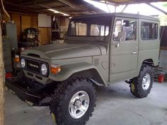 FJ40 - Drab Green .. Hmmm