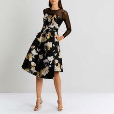Vestido negro con flores para boda