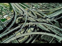 Freeways in Los Angeles by Yann Arthus-Bertrand. great city, but to much traffic, to many people:-) great to visit Aerial Photography, Amazing Photography, Mobiles, Image Internet, Arthus Bertrand, City Of Angels, Birds Eye View, Historical Sites, Ciel