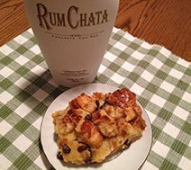 This is awesome. I forgot to put the brown sugar on top, but it still tasted great. I also used more bread (about 5 cups of sliced day old bread). I broke it up into pieces. Rumchata Recipes, Pudding Recipes, Party Food And Drinks, Desert Recipes, Just Desserts, Sweet Recipes, Breakfast Recipes, Sweet Treats, Favorite Recipes