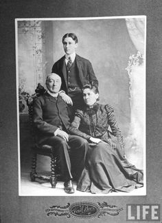 Presidents Wives, American Presidents, American History, Antique Photos, Old Photos, 32 President, Old Pottery, Famous Men