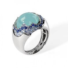 """Ring """"Caramel"""", in white gold with aquamarine and sapphire by Mousson Atelier."""