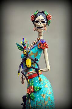 Detalle de catrina de Frida Kahlo