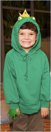 Toddler costumes: DIY frog / frog prince hoodie costume.