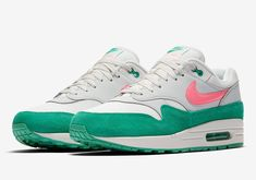 best sneakers 0ce5a f3588 Nike Air Max 1