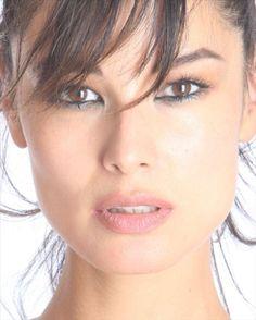 Beautiful bond girl Berenice Marlohe