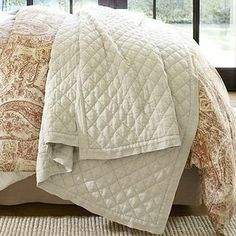 Linen Diamond Quilt, King/Cal. King, White - Pure, natural linen has a crisp, silky texture that gives our diamond-quilted bedding a cool, f...