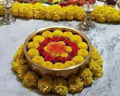 Urli flowers Rangoli Designs Flower, Rangoli Designs Diwali, Flower Rangoli, Beautiful Rangoli Designs, Diwali Decorations At Home, Festival Decorations, Flower Decorations, Diwali Diy, Diwali Craft