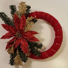 Christmas Wreath, Poinsettia Wreath, Floral Wreath, Christmas Wall Wreath Decoration, Wreaths by WEEDsByRose on Etsy