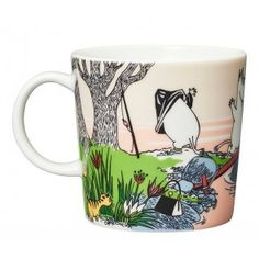 The Moomin 2019 Summer Seasonal Mug is only available from April until the end of August. The Mug shows the Moomin family on holiday when they take a Moomin Mugs, Pirate Cat, Diving Board, Tove Jansson, Desert Island, Villeroy, Helsingborg, Marimekko, Hot Days