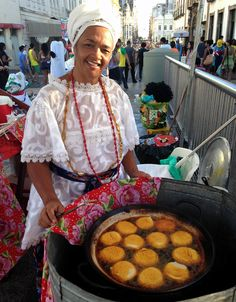 Risultati immagini per baiana do acarajé