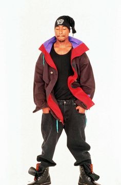 Tupac Shakur, Hippie Style, Tupac Pictures, Tupac Makaveli, Best Rapper, 90s Hip Hop, American Rappers, Rap Music, Thug Life