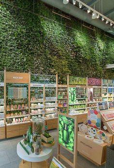 Supermarket Design, Retail Store Design, Tienda Natural, Herbal Store, Cosmetic Shop, Store Interiors, Boutique Interior, Store Displays, Pet Store