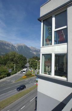 Eckdetail Studentenhaus Graßmayrstraße #architecture Architecture, Car, Student House, Projects, Arquitetura, Automobile, Architecture Design, Autos, Cars