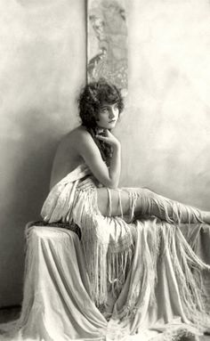 Peggy Shannon - (1920s)  Photo:  Alfred Cheney Johnston