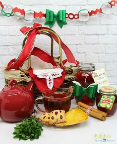 Make your holiday recipes, homemade gifts and holiday gift baskets stand out with Don Victor pure gourmet Orange Blossom Honey with Comb. Honey For The Holidays Sweeps Holiday Gift Baskets, Basket Gift, Diy Holiday Gifts, Tea Recipes, Holiday Recipes, Orange Blossom Honey, Bite Size Appetizers, Tea Pot, Food Gifts