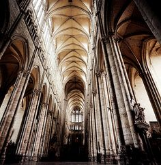 Amiens, vaults.   Gothic verticality, grandeur.