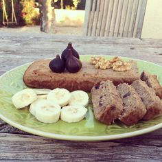 Broodcake van vijgen en banaan met walnoten :: FLEUR PASMAN
