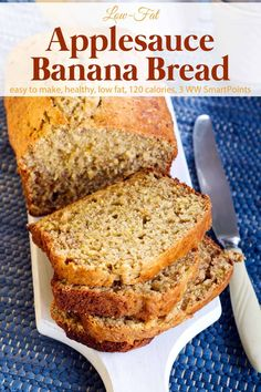 Low-Fat Applesauce Banana Bread Simple and delicious, this easy healthy low fat banana bread with applesauce is a new family favorite with just 120 calories and 3 WW Freestyle SmartPoints! Low Fat Banana Bread, Banana Bread With Applesauce, Moist Banana Bread, Chocolate Chip Banana Bread, Chocolate Chip Recipes, Banana Bread Apple Sauce, Easy Healthy Banana Bread, Skinny Banana Bread, Sugar Free Banana Bread