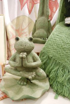 Yoga frogs!